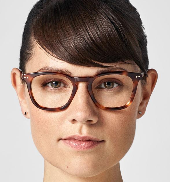 Tanto si quieres encontrar el ancho de gafa perfecto como la longitud  perfecta 95e38e90559c