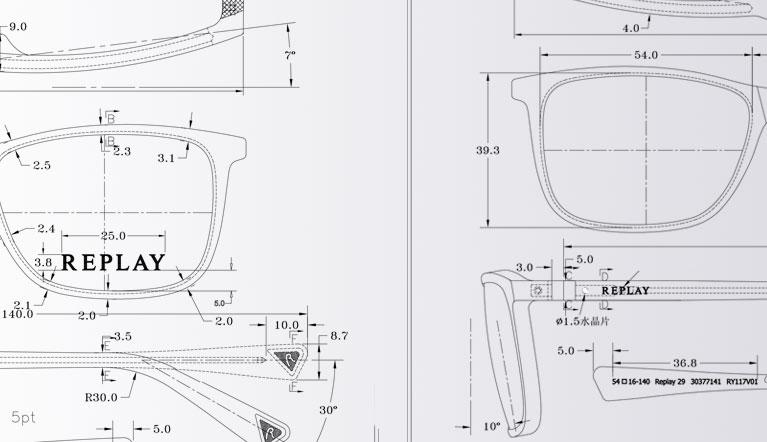 Encuentra miles de monturas para hombre y mujer en Specsavers.com y descubre cómo encontrar el tamaño de montura perfecto para ti.